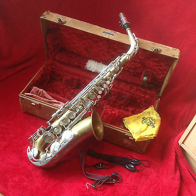 VINTAGE ALTO SAXOPHONE - stunning looking, sounds great - YAS 23
