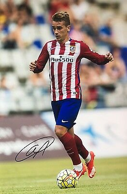 Soccer Atletico Madrid Antoine Griezmann Original Hand Signed Photo 12x8 COA