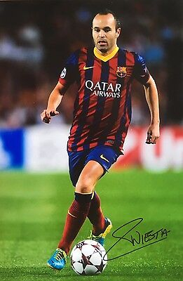 Soccer Barcelona Andres Iniesta  Original Hand Signed Photo 12x8 With COA