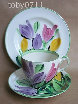 GRAY'S POTTERY HAND PAINTED CROCUS 8982 PATTERN TRIO DATE:1930 GRAYS   (Ref260)