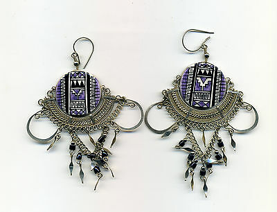 Peru Andes: Abstract mauve motif on ceramic earrings with intricate metalwork