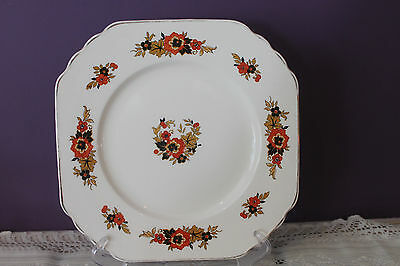 Wedgwood & Co. 'richelieu' Dinner Plate C1790 Gold Black Red Decals