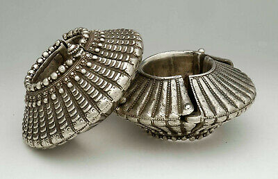 Huge magnificent pair of ethnic silver anklets, Madya Pradesh India, 1940's