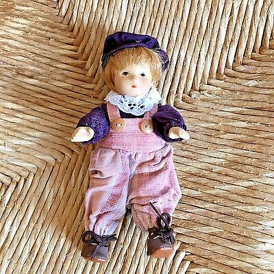 "Small 7 ""   Little Dutch Boy"