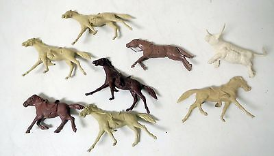 Vintage 1950s MARX WESTERN HORSES AND ONE BULL PLAYSET Lot of (8)