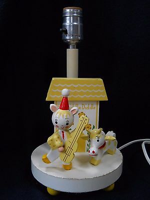 Vintage Wooden Baby Nursery light lamp Hey Diddle Diddle / cat with fiddle / cow