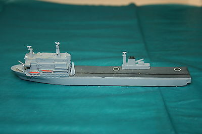 R1027c Waterline 1250:1 scale model Helicopter Carrier RFA Argos