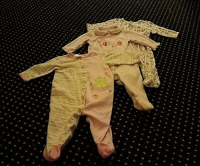 Lot of 3 Baby Girl Long Sleeve Footed Sleeper Pajamas Clothes 9 Months
