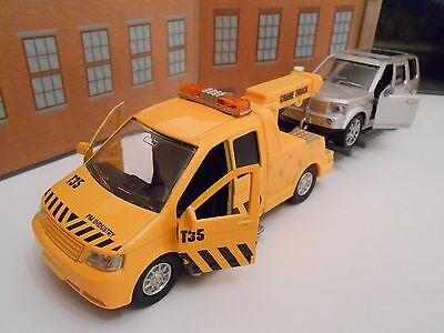 RECOVERY BREAKDOWN TOW TRUCK & landrover Discovery style toy car SET NEW BOXED!