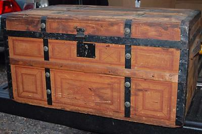 ANTIQUE STEAMER FLAT TOP TRUNK VINTAGE VICTORIAN CHEST 1890's RAILROAD SHIPPING