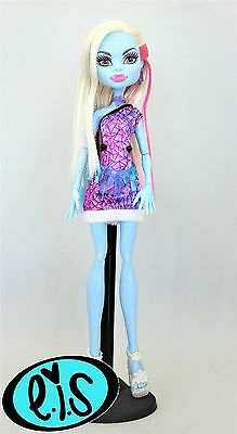 Abbey Bominable Scaris City Of Frights Monster High Doll
