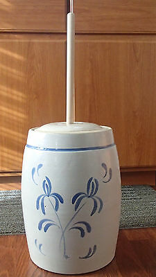 Hand Made & Painted Pottery Butter Churn With New Chum
