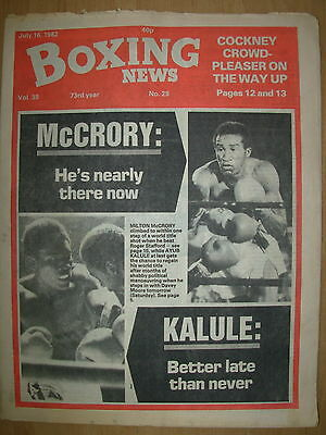 BOXING NEWS JULY 16 1982 MILTON McCRORY DEFEATS ROGER STAFFORD