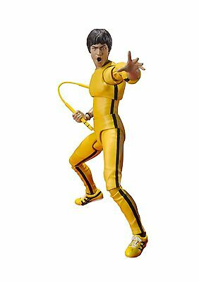 *NEW* Bruce Lee Yellow Track Suit S.H.Figuarts Action Figure by Bandai Tamashii