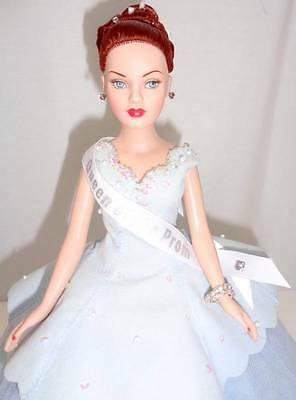 """Tonner Prom Queen Tiny Kitty Collier 10"""" Fashion Doll Stand LE300 MINT Box w/COA"""