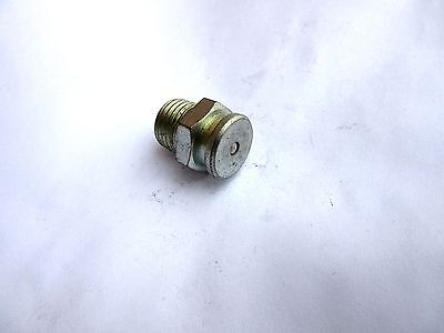 1/4 NPT With 5/8 Button Head Grease Fitting International Caterpillar Bulldozer