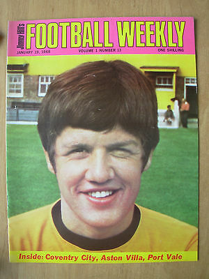 JIMMY HILLS FOOTBALL WEEKLY MAGAZINE JANUARY 19th 1968 PETER KNOWLES OF WOLVES