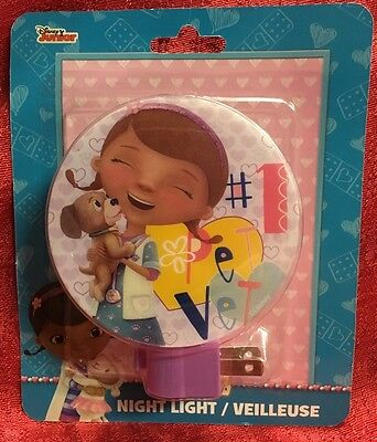 Disney Junior Doc McStuffins Night Light Rotary W/Bulb #1 Pet Vet