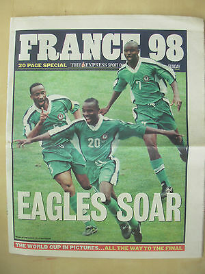 WORLD CUP FRANCE 98 - THE EXPRESS NEWSPAPER - WORLD CUP IN PICTURES JUNE 21st