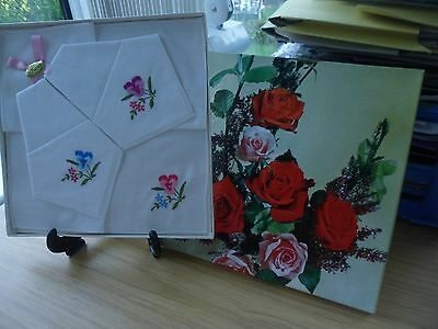 Vintage Irish Linen Cotton Ladies Handkerchiefs 3 Boxed Set Pretty Roses Pic Nib