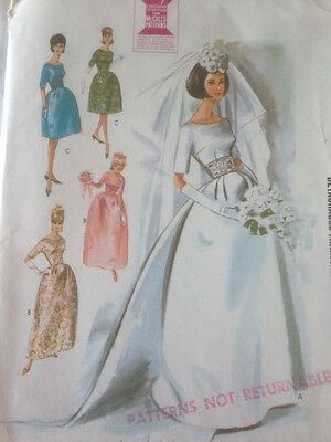1961 Vintage McCall's 7091 sewing pattern Wedding Dress Detachable Train