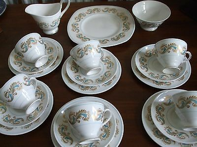 Susie Cooper 21 Piece Teaset Rare Pattern Bone China Made in England