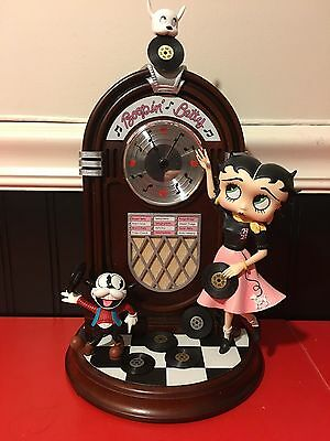 Boopin' Betty Jukebox Clock by Danbury Mint in Mint/Never Used Condition