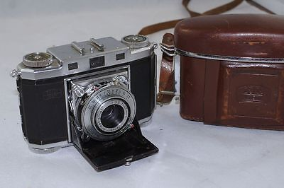Zeiss Ikon Contina 524/24 Folding Camera with Case