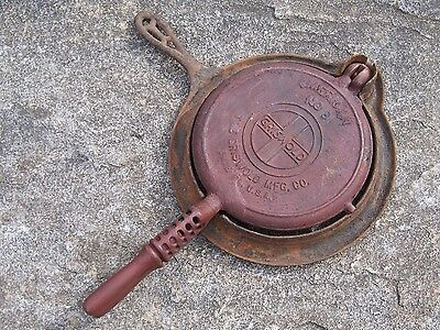 Vintage Griswold #8 American Cast Iron Waffle Maker Iron Baker Low Base