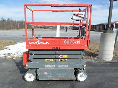Skyjack Sjiii3219 19' Electric Slab Scissor Lift Manlift 19Ft Platform Lift