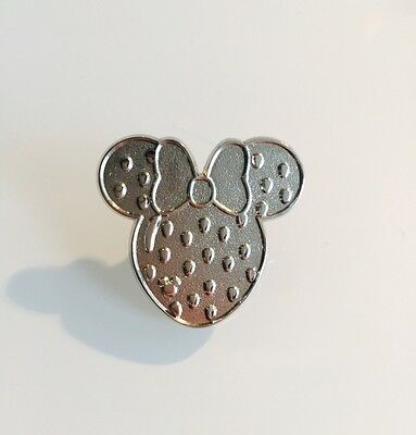 DLR 2017 Hidden Mickey Minnie Fruit Icons Strawberry CHASER Disney Pin 119786