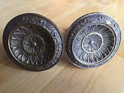 2 Antique Solid Brass Floral Pattern Curtain Tie Backs Towel Hangers Holders