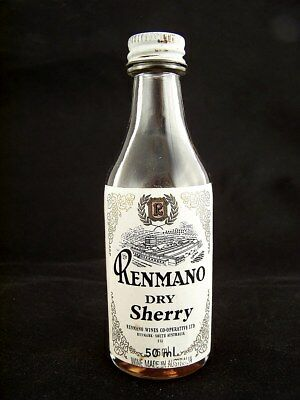 Miniature circa 1978 RENMANO DRY SHERRY Isle of Wine