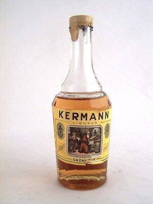 Miniature circa 1971 CAZANOVES KERMANN LIQUEUR Isle of Wine
