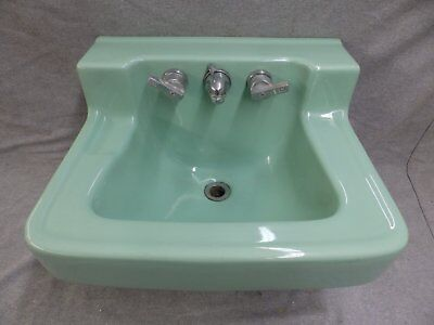 Vtg Mid Century Jadeite Green Porcelain Ceramic Bathroom Sink Standard 1315-16