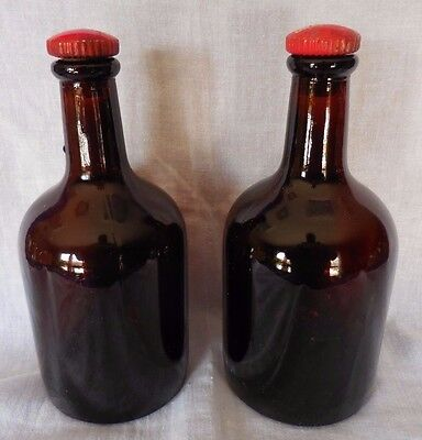 Vintage Drambuie Bottle, Brown Glass, (S 559 P 2  U G B - raised on bottom)