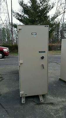Diebold Upright Safe- TL15 (tall thin)