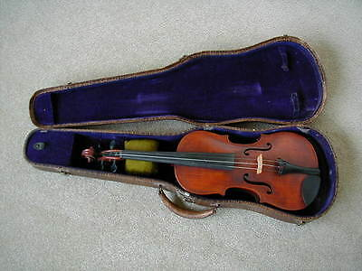 ~~Vintage Violin~~With Case~~Great Condition~~Early 1900's~~4/4~~Unmarked~~