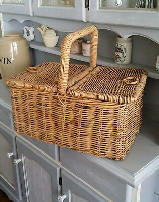 Vintage French Country Wicker Picnic Hamper Basket