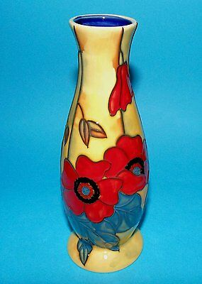 """Old Tupton Ware """"YELLOW POPPY"""" Hand Painted Tube Lined VASE (6"""") TW1658"""