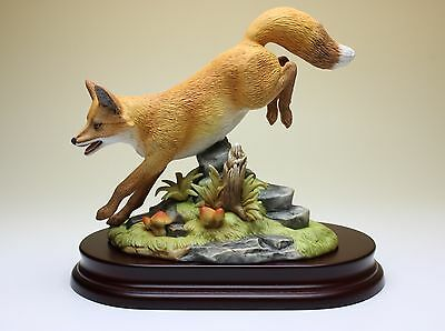 Red Fox Porcelain Figurine Wooden Base Boxed Andrea by Sadek 9684 Factory Finds