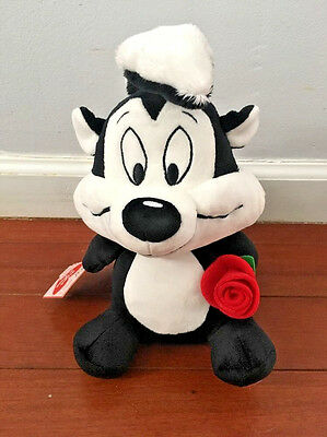 Hallmark, Looney Tunes, Pepe Le Pew, Talking, Musical Plush, with Red Rose, New!