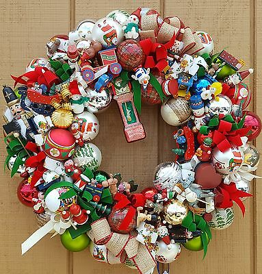 "Vintage Wood & Glass Ornament 21"" Christmas Holiday Wreath Hand Crafted Clock"