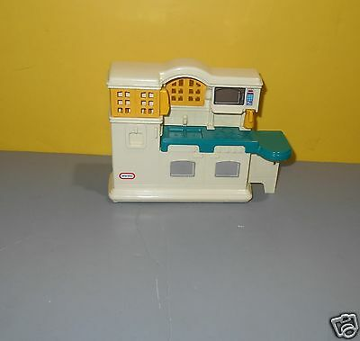 Little Tikes Dollhouse Size Country Kitchen 5541 Doll House Pretend Play Toy