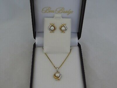 Fantastic 14K Gold & Pearl Earrings and Necklace Set