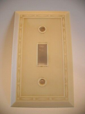 Vintage IVORY Thin Lines Diamond Edge Switch Wall Plate Cover Bakelite Leviton