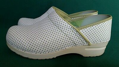 Women's Dansko White And Green Perforated Clogs Mules Eu Size 38 ( Us 7.5 )