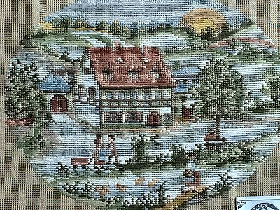 Queen Adelaide Stunning Small Tramme Tapestry KIT   House & Couple - NEW
