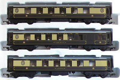 3x HORNBY PULLMAN COACHES from DONCASTER A3 SHEFFIELD PULLMAN TRAIN SET R1135