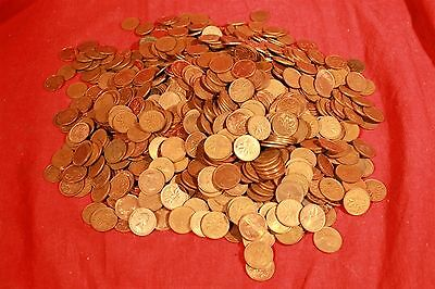 lot of 1000 COPPER Canadian Pennies. 1920-1997 Mostly Elizabeth. Approx 7.6 Lbs.